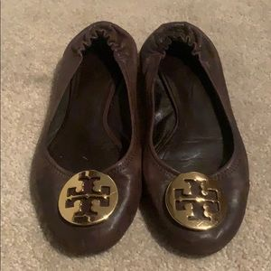 Tory burch brown minnie flat